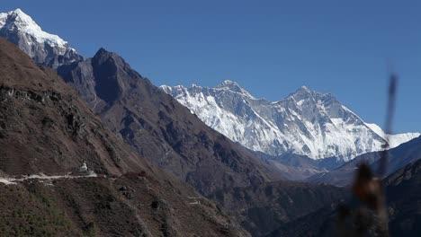 Deslizamiento-Revelando-Dingboche-Stupa-Everest