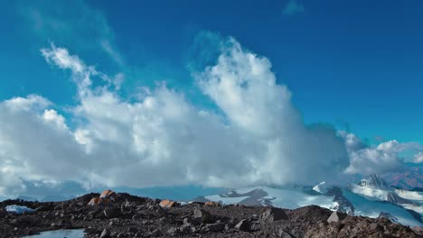 Aconcagua-Time-lapse-racing-clouds-at-camp-with-climbers-1