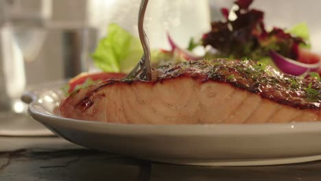 Delicious-salmon-dinner-is-served-in-a-restaurant