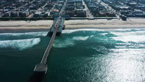 Aerial-of-empty-abandoned-beaches-of-southern-california-with-no-one-during-covid19-4