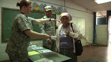 Long-Lines-Form-As-Us-Navy-And-Canadian-Doctors-Give-Free-Medical-And-Dental-Care-To-Residents-Of-Caluco-El-Salvador-1