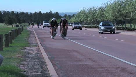 Veteranos-Del-Ejército-Heridos-Y-Discapacitados-Compiten-En-Carreras-De-Bicicletas