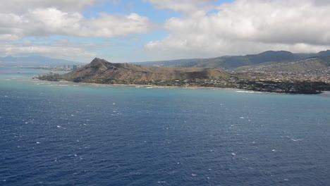 Aerials-Over-Oahu-Hawaii-And-Diamond-Head-Volcano-Waikiki-1