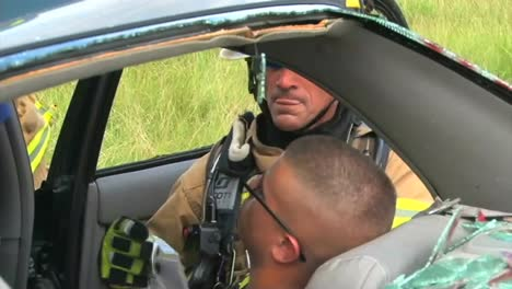 Firefighters-Practice-Responding-To-A-Car-Wreck-Rollover-Accident-2