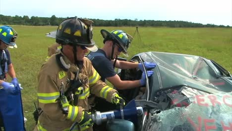 Firefighters-Practice-Responding-To-A-Car-Wreck-Rollover-Accident-4