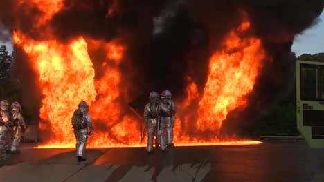 Firefighters-Battle-A-Raging-Chemical-Fire-In-A-Simulated-Airplane-Crash-5