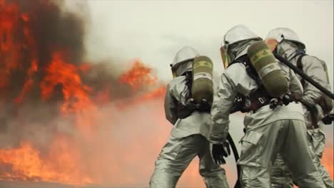 Firefighters-Battle-A-Raging-Chemical-Fire-In-A-Simulated-Airplane-Crash-11