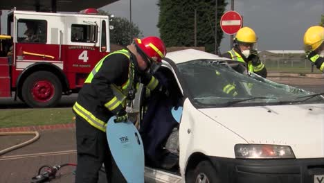 European-Firefighters-Practice-Responding-To-A-Car-Wreck-Rollover-Accident-7