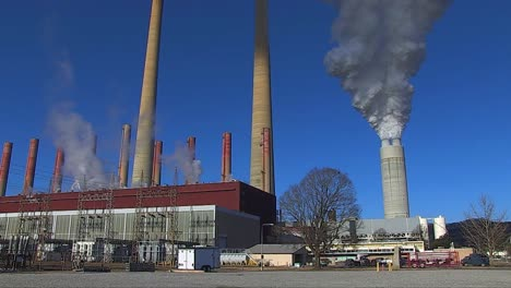 A-Coal-Fired-Power-Plant-Belches-Smoke-Into-The-Air-2