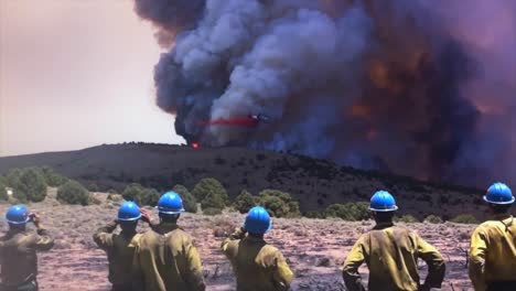 A-Huge-Wildfire-Burns-In-Timelapse-As-Aircraft-Make-Aerial-Drops