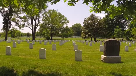 Flags-Are-Placed-On-Gravestones-At-Arlington-National-Cemetery-To-Honor-Us-War-Dead-1