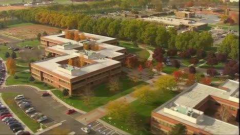 Antenas-Sobre-El-Laboratorio-Nacional-Del-Pacífico-Noroeste-O-Laboratorio-De-Oficina-Genérico-O-Centro-De-Investigación-1
