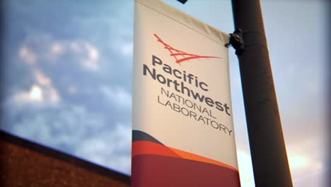 Researchers-Conduct-Experiments-At-The-Pacific-Northwest-National-Laboratory-In-A-Generic-Lab-Environment
