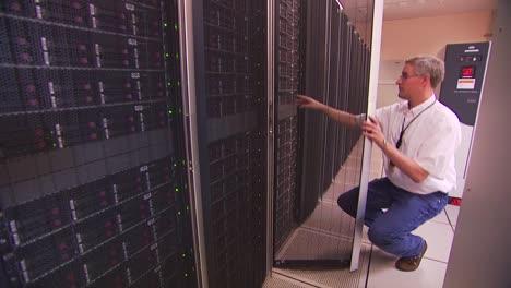 A-Computer-Server-Farm-1