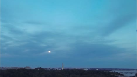 The-Moon-Rises-Over-The-Washington-Monument-In-Washington-Dc-In-Time-Lapse