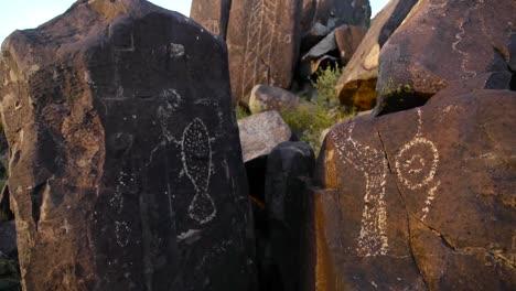 El-Sitio-De-Petroglifos-De-Los-Tres-Ríos-En-Nuevo-México-1