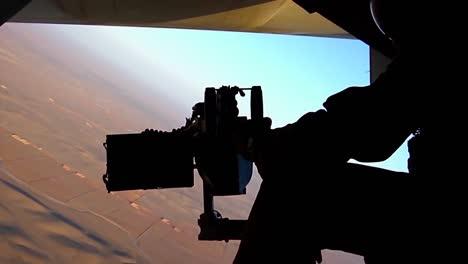 Marines-Fly-The-Mv22-Osprey-In-Afghanistan-1