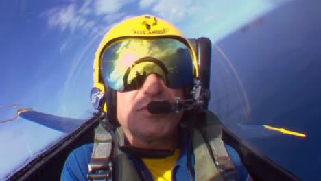 Los-ángeles-Azules-De-La-Armada-Realizan-Acrobacias-Y-Formaciones