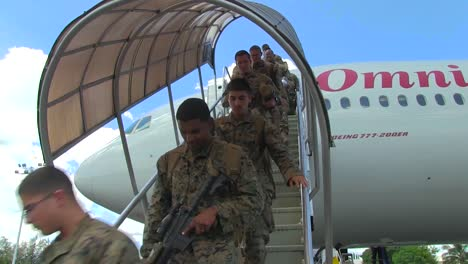 Soldiers-Arrive-On-A-Mission-In-The-Philippines-On-A-Charter-Flight