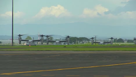The-Osprey-Aircraft-Taxis-On-A-Runway