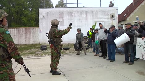 Policía-Train-For-A-Riot-Or-Violent-Protest-1
