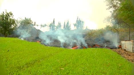 El-Flujo-De-Lava-De-La-Puna-Cerca-De-La-Ciudad-De-Pahoa-Hawaii-3-El-Flujo-De-Lava-De-La-Puna-Cerca-De-La-Ciudad-De-Pahoa-Hawaii-3