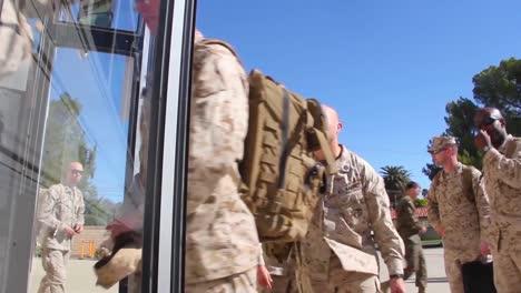 Los-Militares-Se-Alistan-Y-Desplieguen-En-Su-Primera-Misión