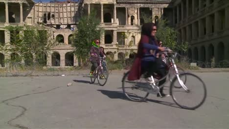 Women-Ride-Bicycles-In-Afghanistan-1