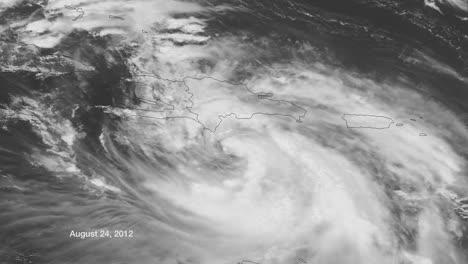 Un-Mapa-Meteorológico-Rastrea-El-Huracán-Isaac-A-Medida-Que-Cruza-El-Caribe-En-2014