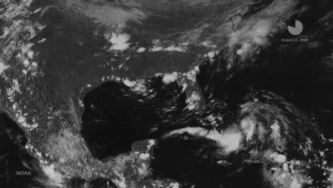 Un-Mapa-Meteorológico-Rastrea-El-Huracán-Katrina-A-Medida-Que-Cruzó-El-Caribe-En-2014-2
