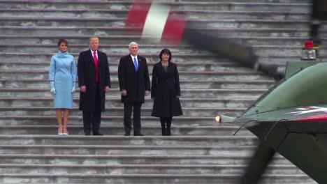 El-Recién-Nombrado-Presidente-Donald-J-Trump-Y-El-Vicepresidente-Mike-Pence-Se-Despiden-Del-Expresidente-De-Los-Estados-Unidos-Barack-H-Obama-En-La-Plaza-Del-Frente-Este-Del-Capitolio-De-Estados-Unidos-El-20-De-Enero-De-2017