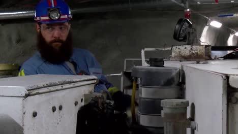 Epa-Administrator-Scott-Pruitt-Tours-A-Coal-Mine-In-Pennsylvania-In-2017-1