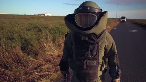 Bomb-Disposal-Experts-Diffuse-Car-Bombs-In-This-Simulation-Exercise-In-Iceland