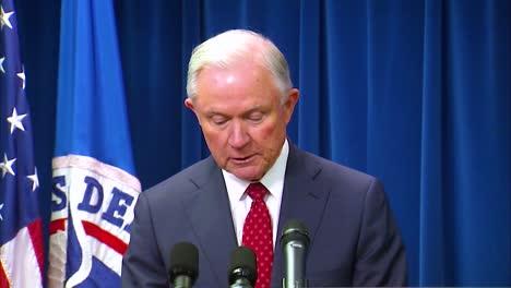 El-Fiscal-General-De-Estados-Unidos-Jeff-Sesiones-Analiza-El-Presidente-Triunfa-Sobre-La-Prohibición-De-Viajar-A-Los-Musulmanes
