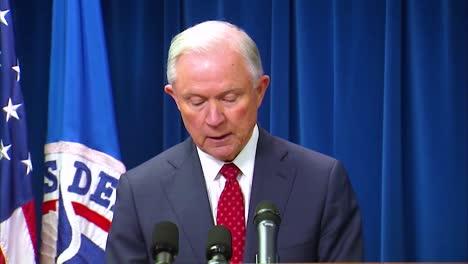 US-Generalstaatsanwalt-Jeff-Sessions-Diskutiert-Präsident-Trumps-Muslimisches-Reiseverbot-1