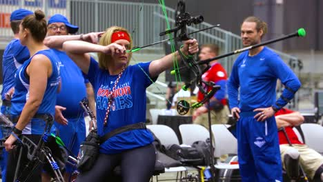 Disabled-And-Handicapped-Veteran-Soldiers-Compete-In-Archiery-In-The-Air-Force-Wounded-Warrior-Games