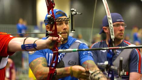 Disabled-And-Handicapped-Veteran-Soldiers-Compete-In-Archiery-In-The-Air-Force-Wounded-Warrior-Games-2