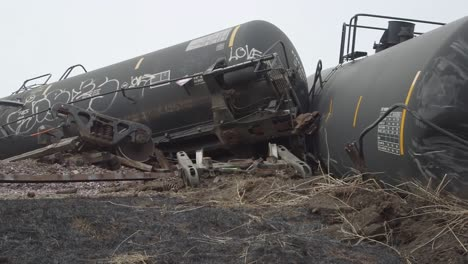 Field-Investigators-From-The-Ntsb-Investigate-An-Oil-Tanker-Train-Wreck-Crash-Near-Graettinger-Iowa-2