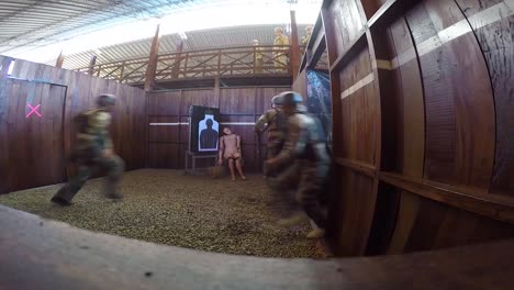 A-Us-Army-Assault-Team-Takes-Part-In-A-Simulated-Hostage-Rescue-Situation