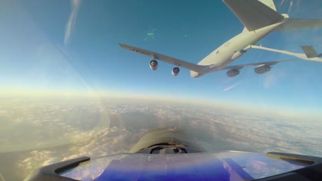Footage-Shot-From-The-Cockpit-Of-A-South-Korean-F16-Fighting-Falcon-Shows-It-Getting-Fueled-Midair