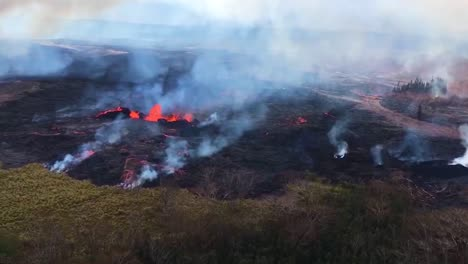 Excellent-Helicopter-Aerial-Of-The-Eruption-Of-The-Kilauea-Volcano-2