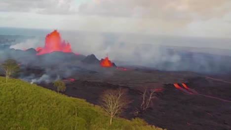 Excellent-Helicopter-Aerial-Of-The-Eruption-Of-The-Kilauea-Volcano-3