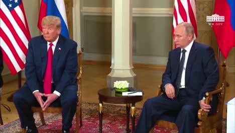El-Presidente-Donald-Trump-Y-El-Presidente-Ruso-Vladimir-Putin-Se-Reúnen-Ante-Los-Medios-De-Comunicación-En-Helsinki-Finlandia-3