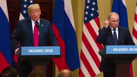 El-Presidente-Estadounidense-Donald-Trump-Celebra-Una-Conferencia-De-Prensa-Desastrosa-Y-Muy-Criticada-Con-La-Federación-De-Rusia-Vladimir-Putin-Tras-Su-Cumbre-En-Helsinki-Finlandia-Trump-Y-Putin-Discuten-Los-Esfuerzos-Humanitarios-En-Siria
