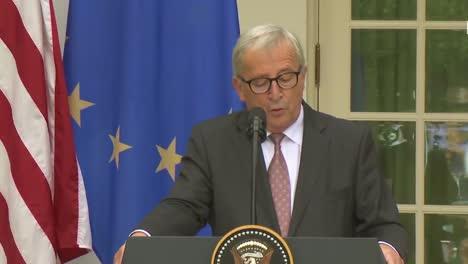 El-Presidente-Estadounidense-Donald-Trump-En-Una-Conferencia-De-Prensa-Conjunta-Con-La-Comisión-Europea-Jeanclaude-Juncker-En-La-Casa-Blanca-Analiza-La-Política-Comercial-4