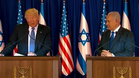 El-Presidente-Estadounidense-Donald-Trump-Y-El-Primer-Ministro-De-Israel-Benjamin-Netanyahu-Intercambian-Comentarios-Durante-La-Visita-Presidencial-A-Jerusalén-6