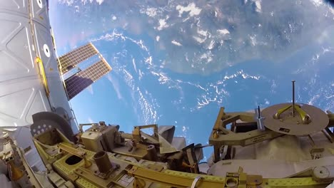 Images-From-A-Spacewalk-Outside-The-International-Space-Station-1
