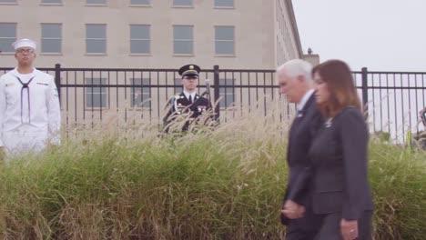 El-Vicepresidente-De-Estados-Unidos-Mike-Pence-Honra-A-Las-Víctimas-Del-911-El-11-De-Septiembre-