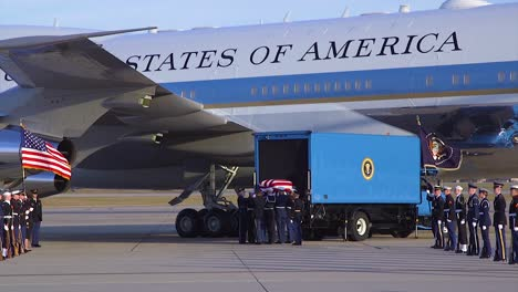 The-Coffin-Of-Us-President-George-Hw-Bush-Is-Taken-From-Air-Force-One-To-Be-Transported-To-His-Viewing-During-A-State-Funeral