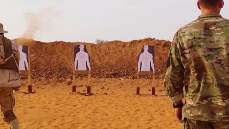 Las-Fuerzas-Estadounidenses-Entrenan-A-La-Policía-Y-A-Las-Tropas-Del-Ejército-De-áfrica-Occidental-Niger-Burkina-Faso-Y-Senegal-En-Armas-Y-Tácticas-De-Comando-1
